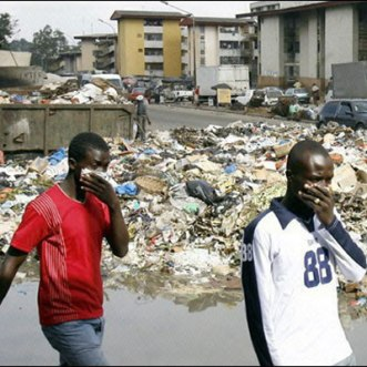 Poubelle_Abidjan081009400