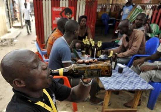 cameroun_-_consommation_dalco_669960916_alcool-ivresse